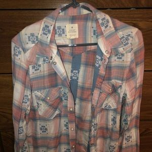 Cute and comfy American Eagle flannel